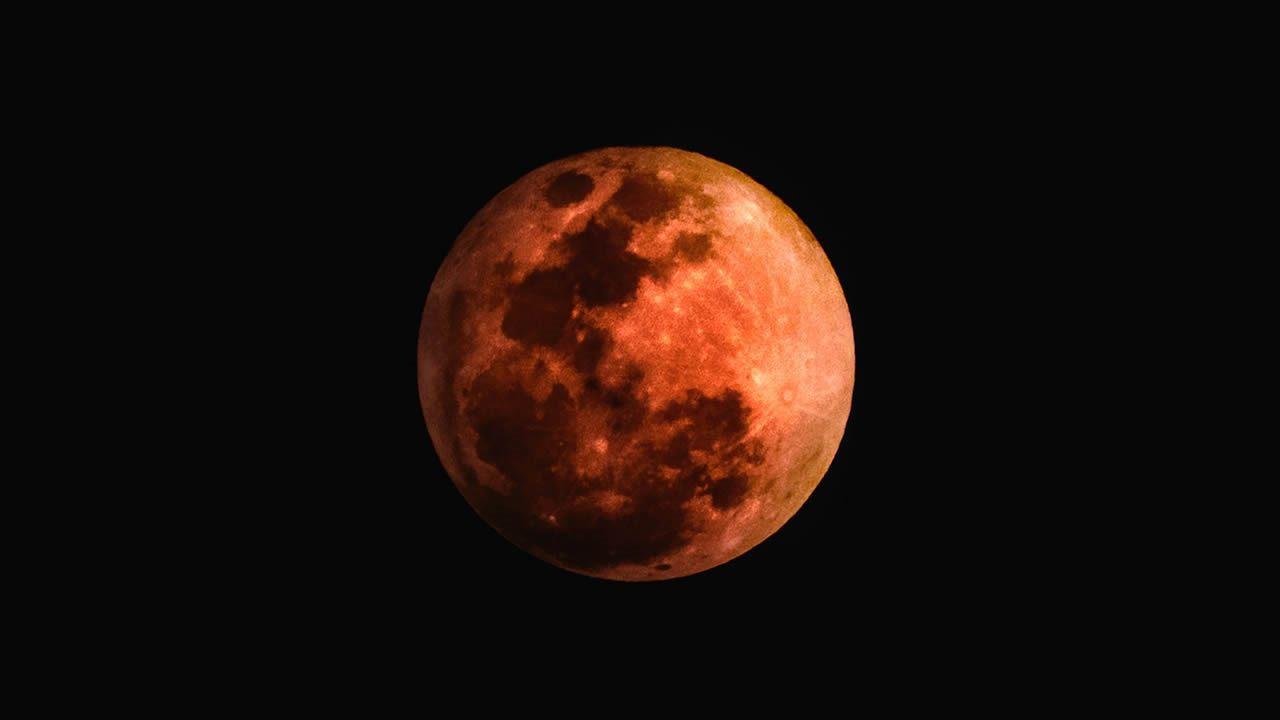 luna-de-sangre-no-el-eclipse-lunar-no-se-senaial-de-un-apocalipsis-inminente-portada